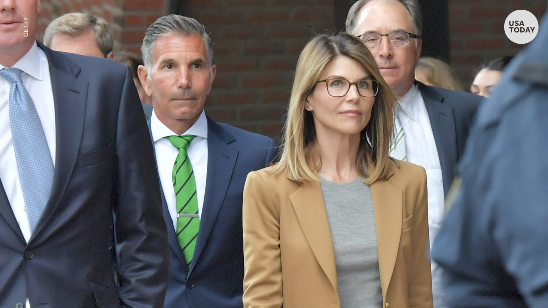 """""""lori-loughlin-and-mossimo-giannulli-reportedly-terrified-about-going-to-jail-soon"""""""