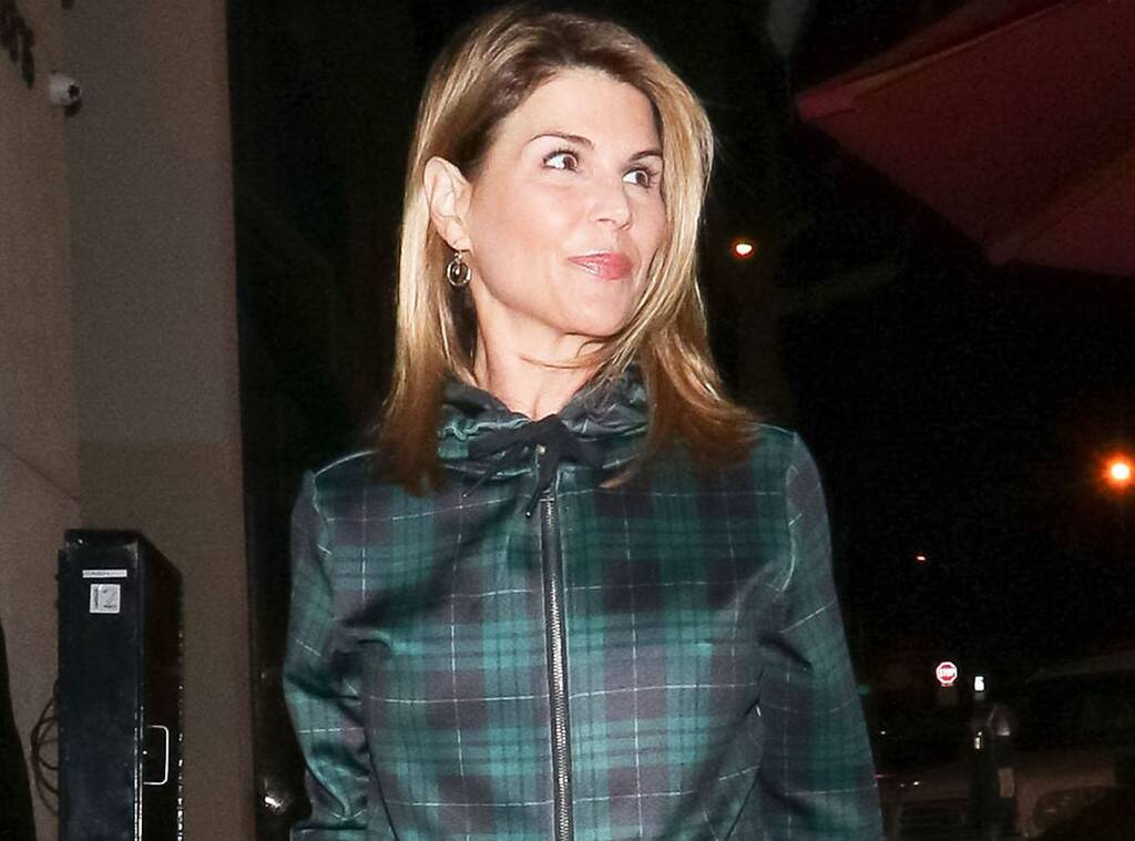 lori-loughlin-heres-how-shes-dealing-with-her-new-normal-after-she-gets-2-months-in-prison-for-varsity-blues-involvement