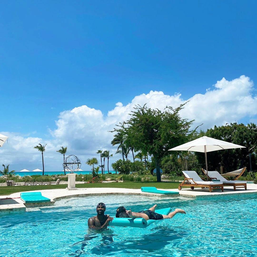 Tristan Thompson Has Fun At The Pool With Rob Kardashian