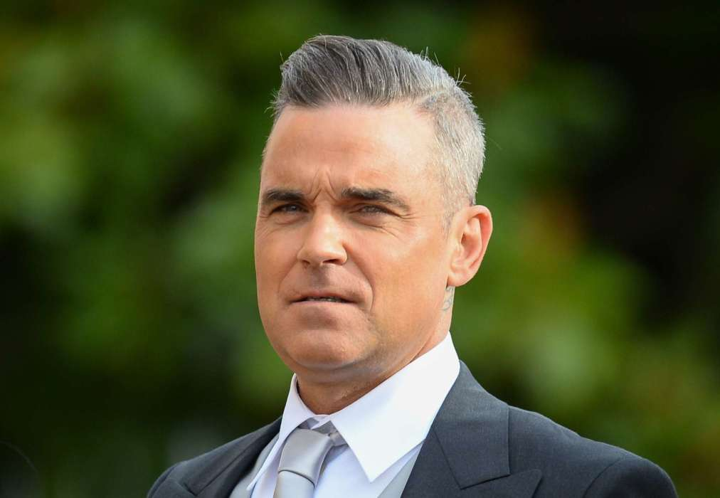 robbie-williams-says-cameron-diaz-saved-his-romance-with-wife-ayda-field-williams