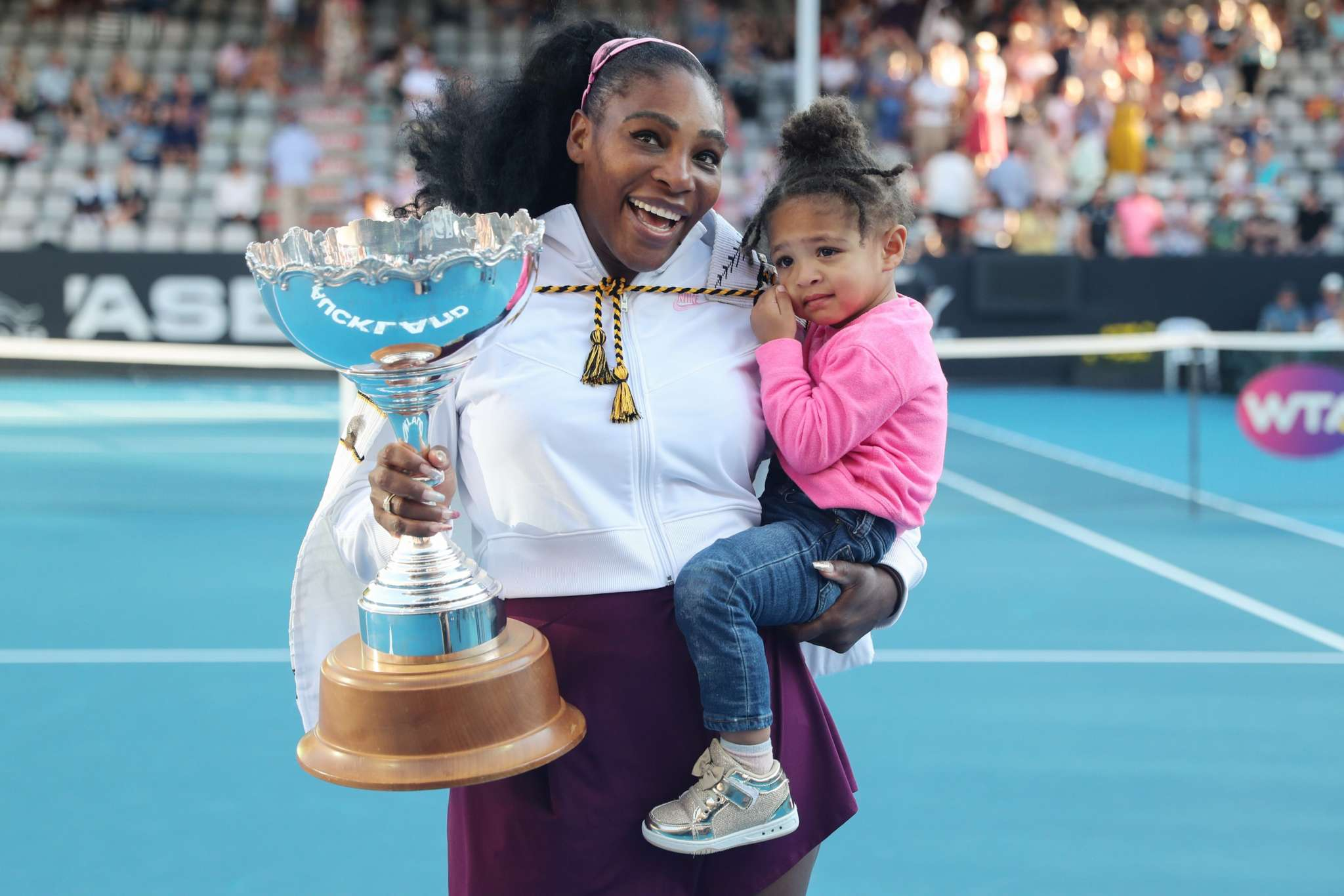 serena-williams-proves-she-and-2-year-old-daughter-olympia-wear-the-same-size-by-trying-on-the-toddlers-top-in-this-funny-video