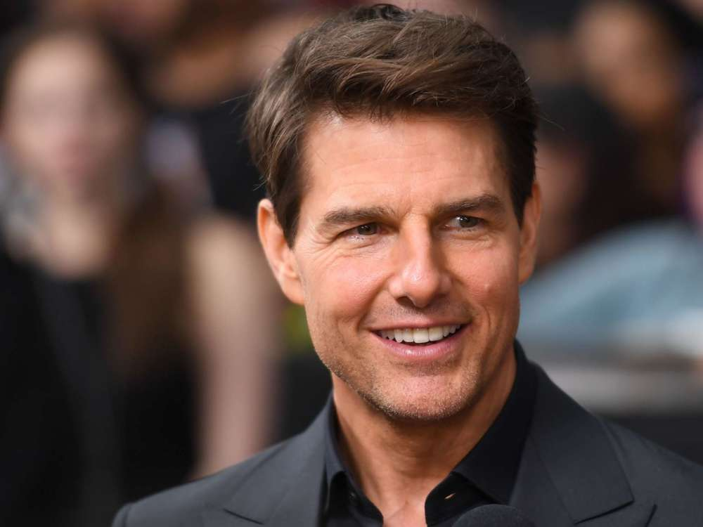 how-tom-cruise-managed-to-convince-universal-pictures-to-film-a-movie-in-outer-space-and-by-zoom-call