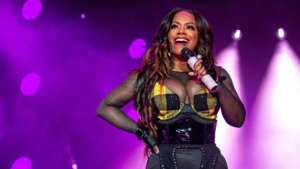 Kandi Burruss Looks Gorgeous With Black Hair And Purple Highlights - See Her Photo