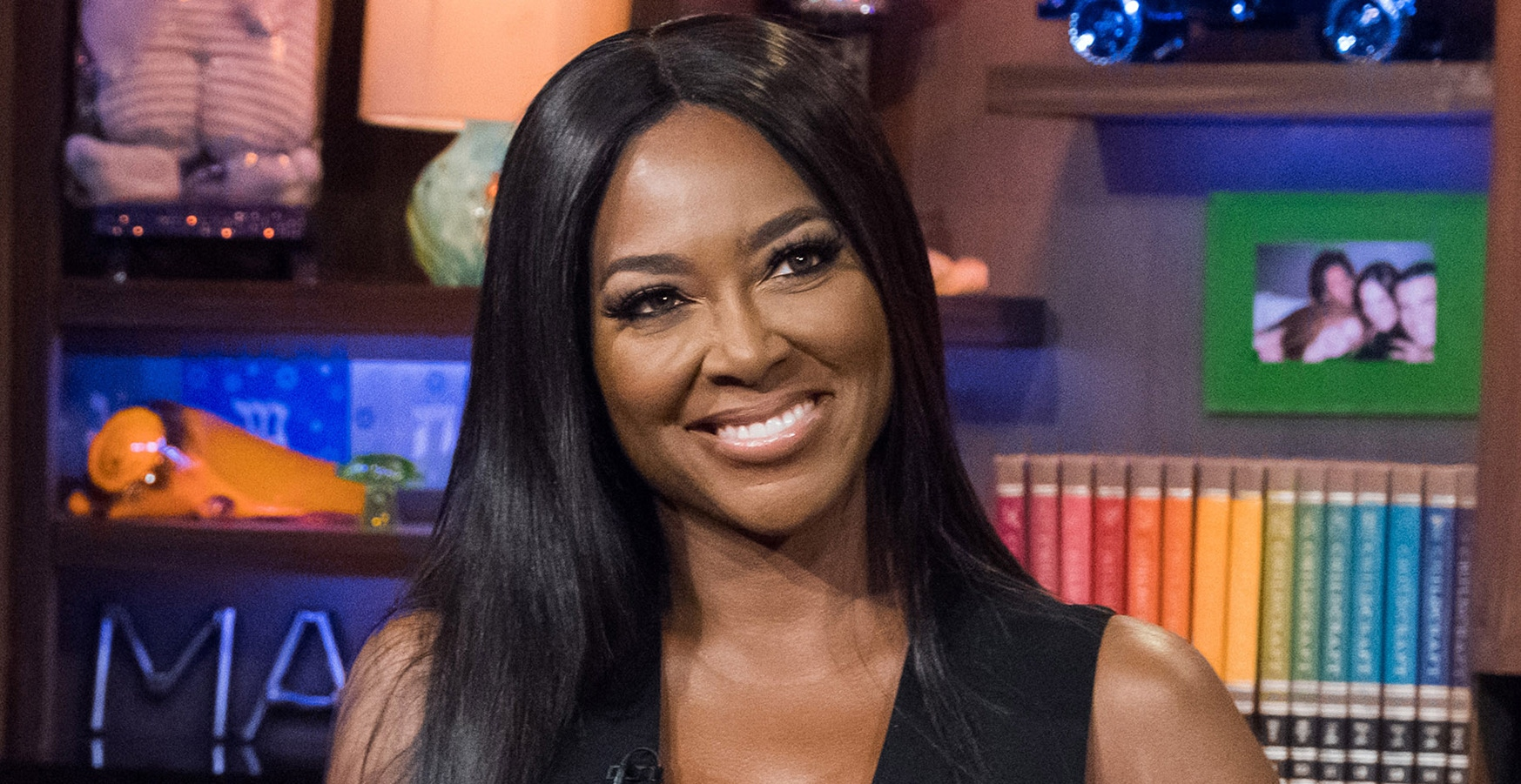 """kenya-moore-is-cracking-necks-one-pic-at-a-time-see-her-latest-photo"""