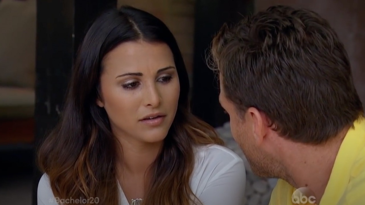 andi-dorfman-says-shell-never-tell-what-happened-between-her-and-juan-pablo-galavis-during-their-fantasy-suite-date-on-his-bachelor-season-heres-why