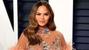 Chrissy Teigen Suffers Miscarriage After Many Pregnancy Complications - Check Out The Heartbreaking Message And Pictures