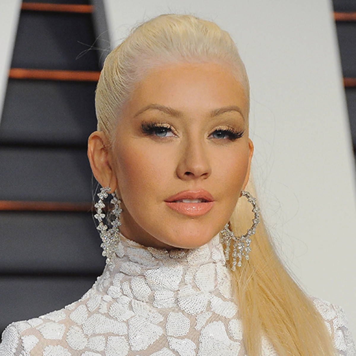 """christina-aguilera-says-shes-done-dieting-despite-still-being-hypercritical-of-her-body-image-at-times"""