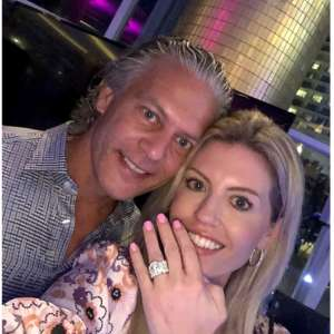 David Beador And Lesley Cook - Find Out If They're Having A Boy Or A Girl!
