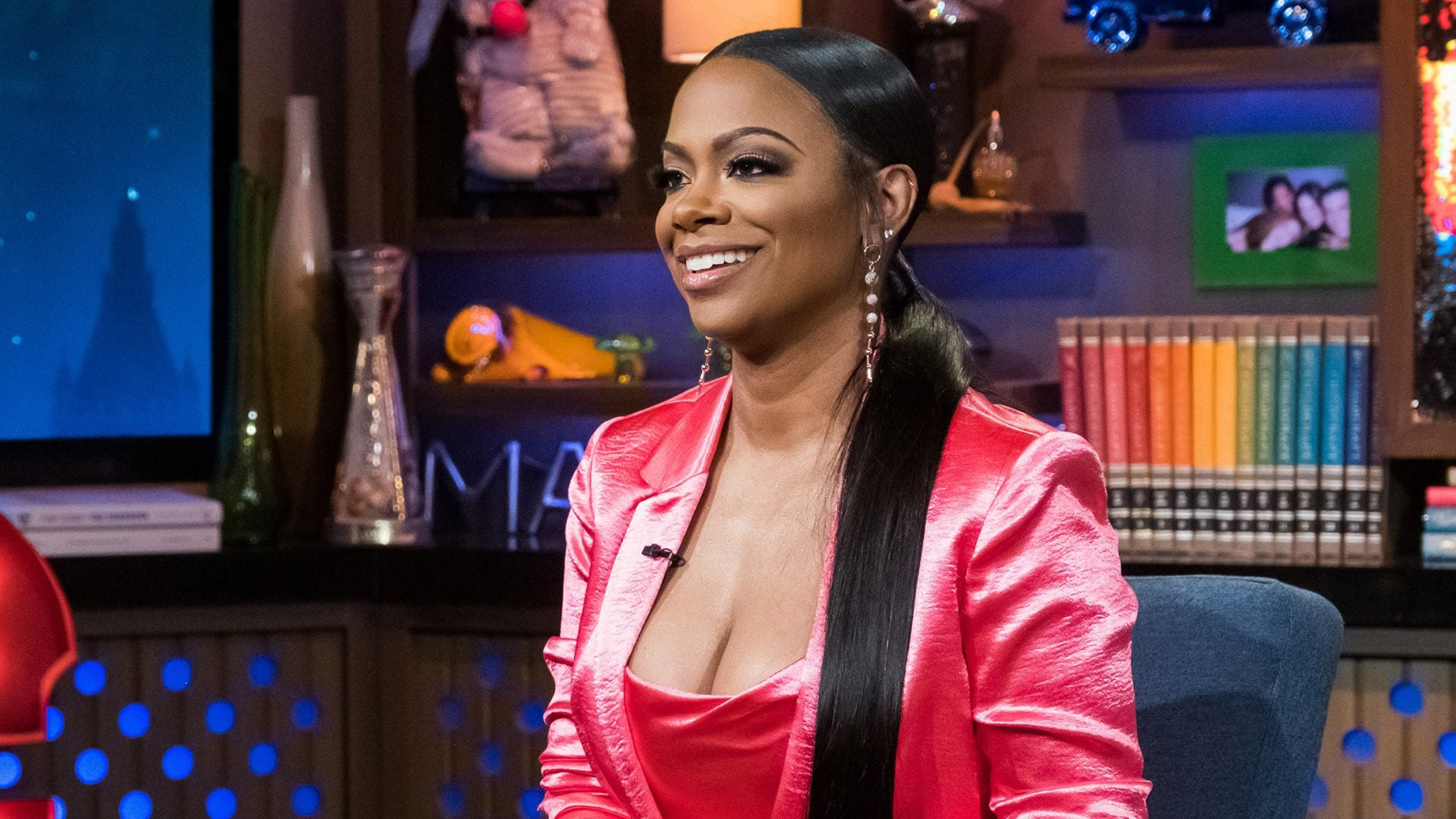 kandi-burruss-is-posing-with-her-two-favorite-guys