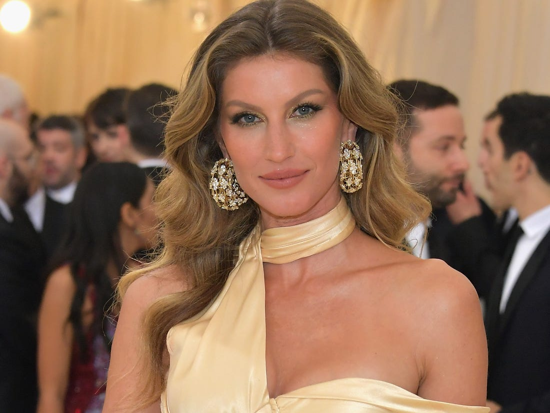 gisele-bundchen-gets-candid-about-her-struggle-with-all-consuming-anxiety-and-panic-attacks