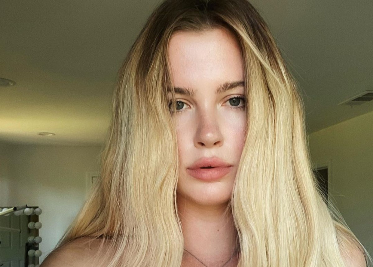 ireland-baldwin-goes-on-epic-rant-about-female-weight-gain-while-wearing-a-two-piece-bathing-suit