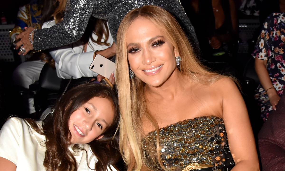 """jennifer-lopez-gushes-over-her-12-year-old-daughters-new-book-reveals-what-inspired-it"""
