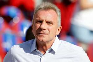 Joe Montana Updates Fans After Burglar Tries To Kidnap The NFL Legend's 9-Month-Old Grandchild!