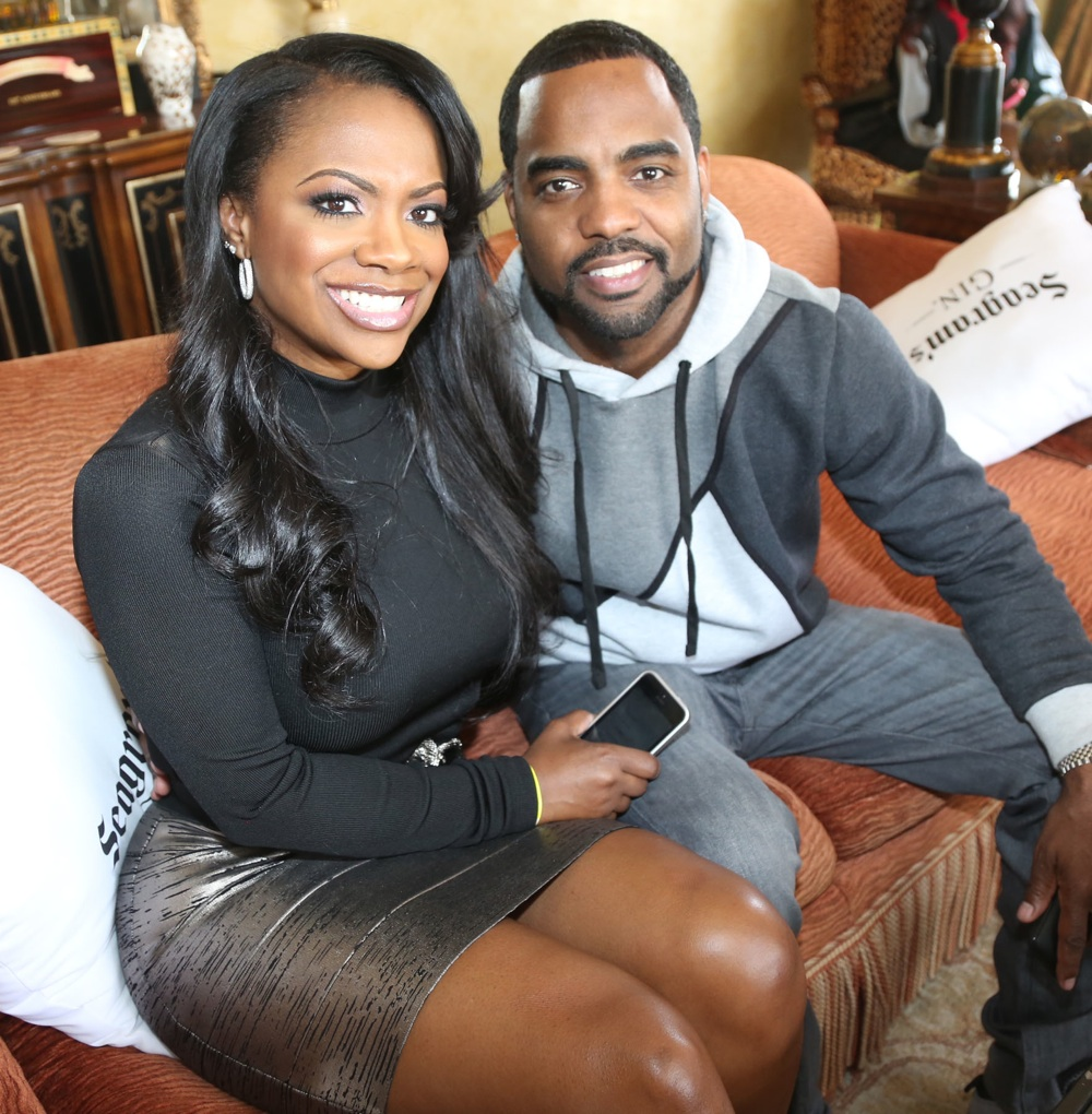 """""""todd-tucker-has-lunch-with-kandi-burruss-at-olg-check-out-the-video-and-the-juicy-meals"""""""