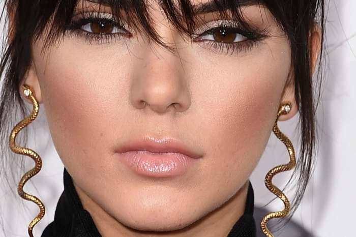 Kendall Jenner Admits That She's A 'Stoner' On New Podcast Appearance