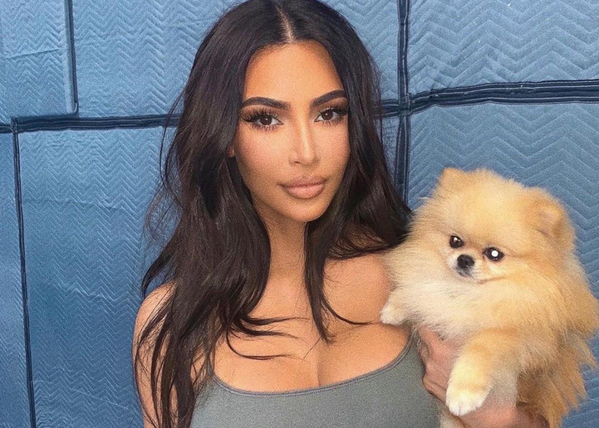 kim-kardashian-flaunts-her-curves-in-see-through-mugler-outfit