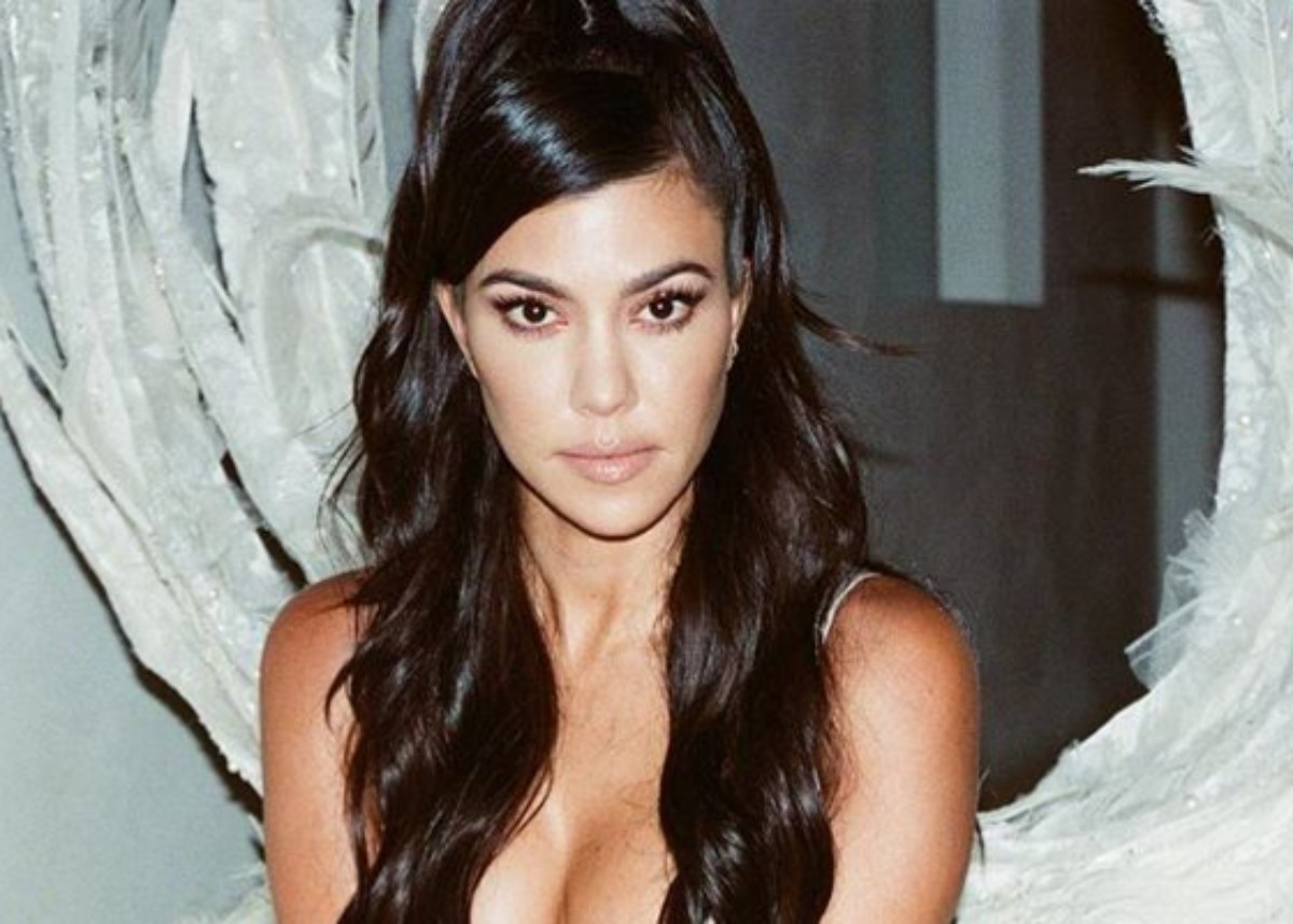 """""""kourtney-kardashian-puts-on-a-cheeky-display-in-two-piece-swimsuit-see-the-photos"""""""