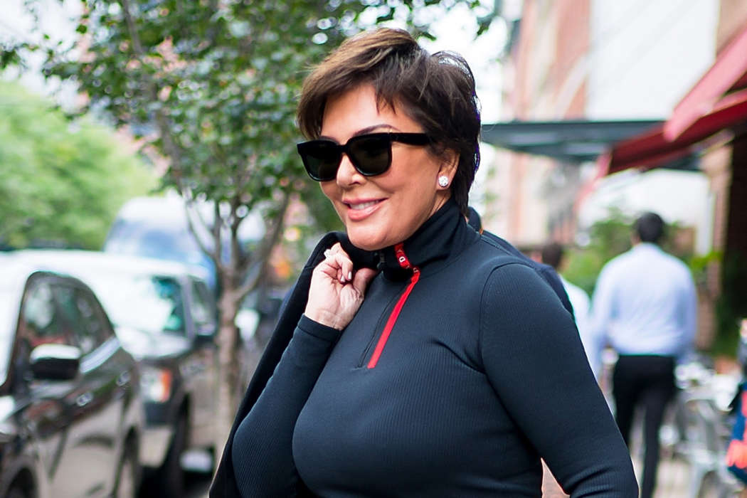 """kris-jenner-decided-to-pull-the-plug-on-kuwtk-after-kylie-and-kim-threatened-to-leave"""