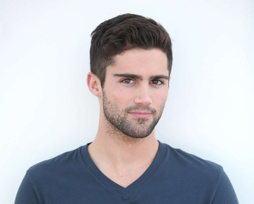 max-ehrich-reiterates-that-he-found-out-about-demi-lovato-split-from-a-tabloid-the-actor-says-hes-not-lying