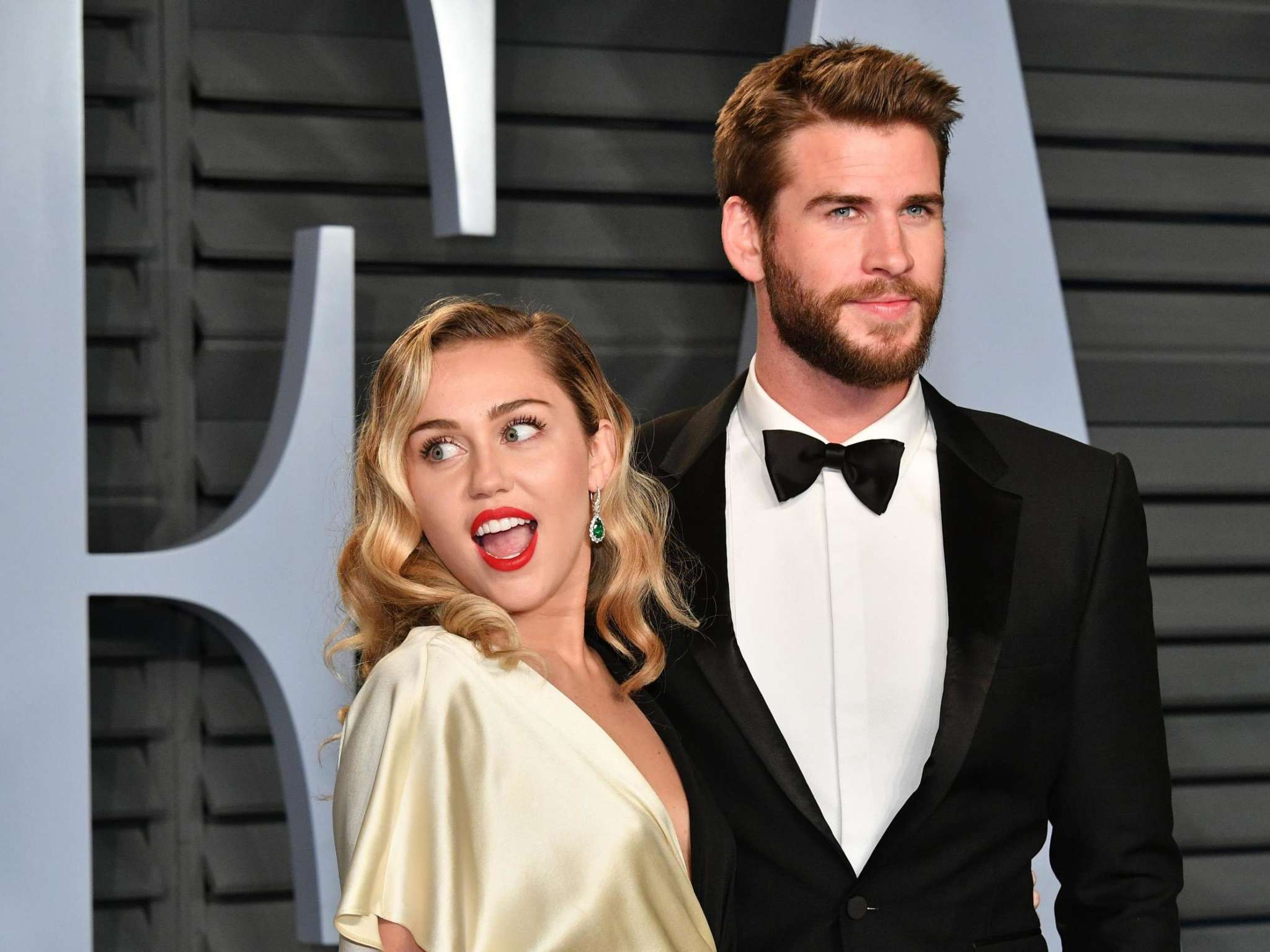 Miley Cyrus Says Her And Liam Hemsworth's Divorce Really 'Sucked' – Here's  Why!   TechMAQ   Be Fast, Be Forward