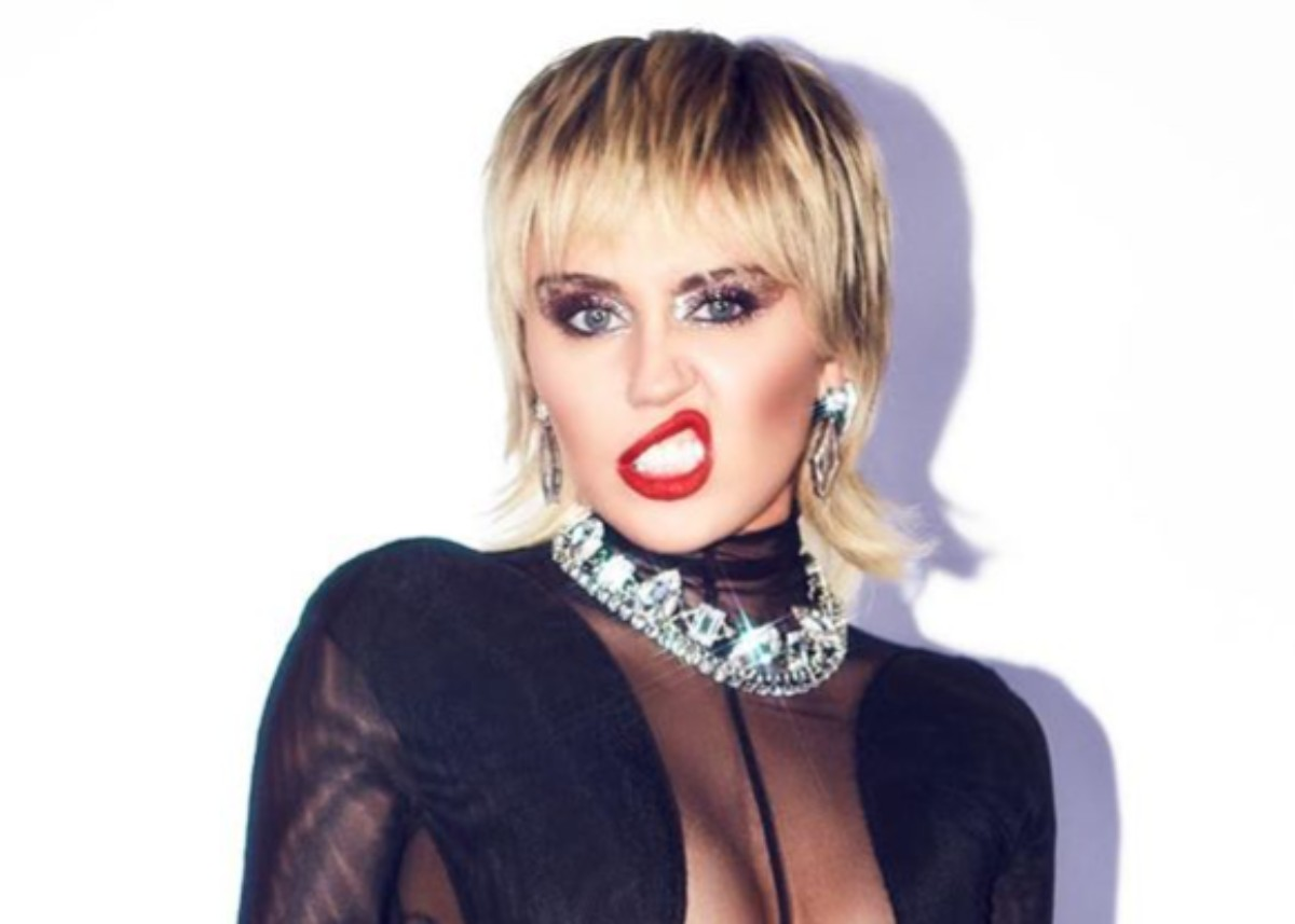 miley-cyrus-stuns-in-see-through-catsuit-check-out-the-photos