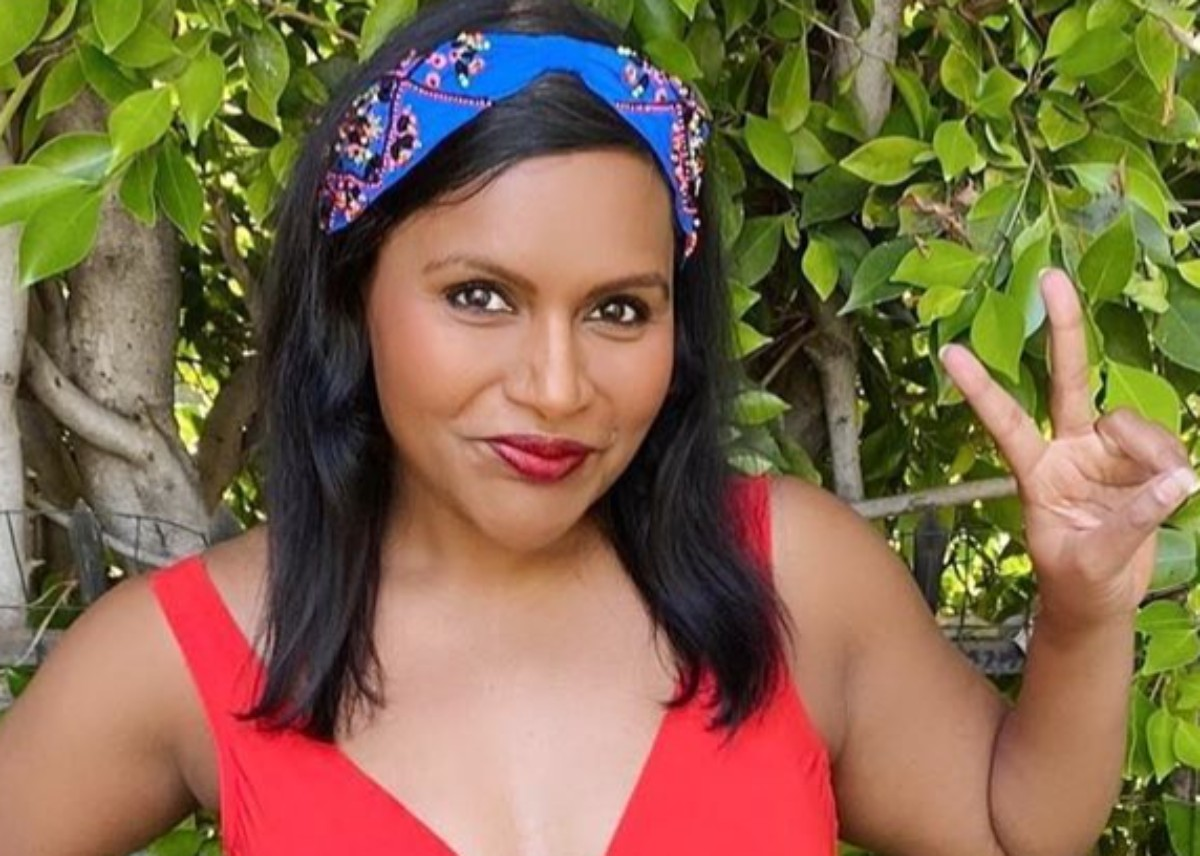 """""""mindy-kaling-poses-in-a-series-of-swimsuit-shots-looks-stunning"""""""