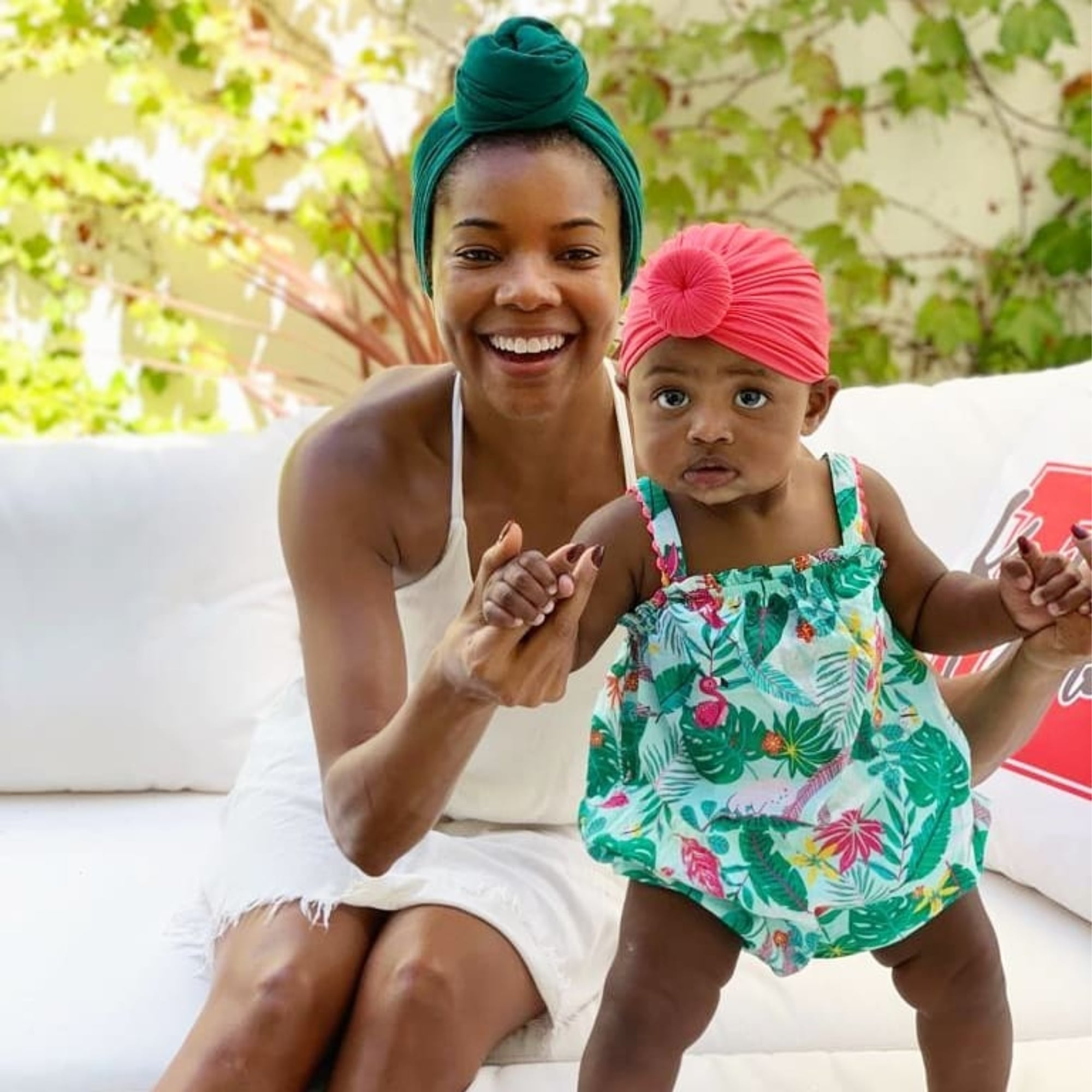 """gabrielle-unions-video-with-baby-kaavia-at-the-pool-will-make-your-day"""