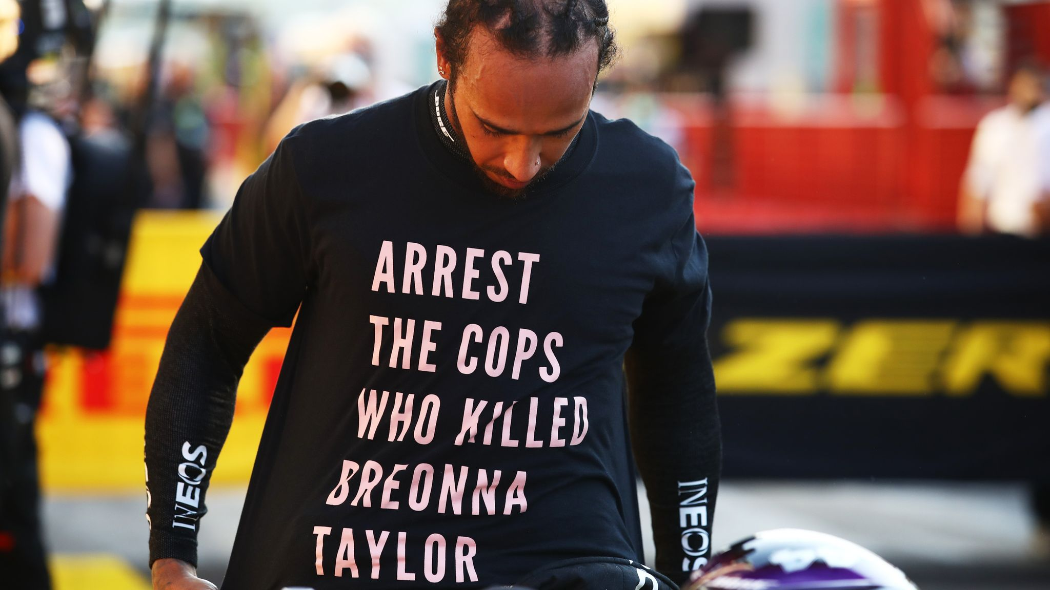 """lewis-hamilton-could-get-in-trouble-after-wearing-a-breonna-taylor-tribute-shirt"""