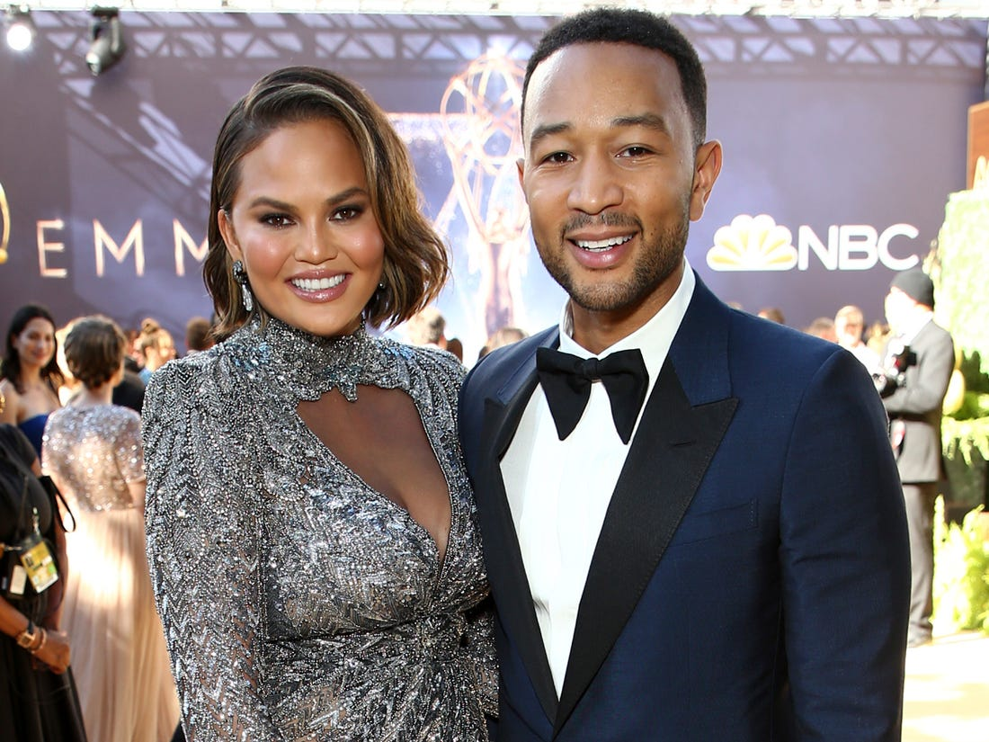 """john-legend-publicly-praises-chrissy-teigen-after-their-sons-death-she-gives-first-update-since-the-heartbreaking-event"""