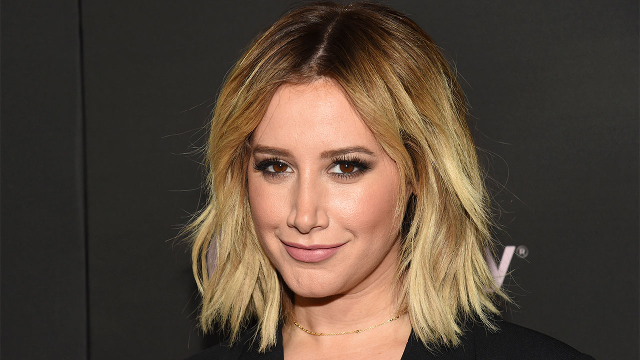 ashley-tisdale-shares-adorable-pictures-from-her-gender-reveal-party-heres-what-shes-having