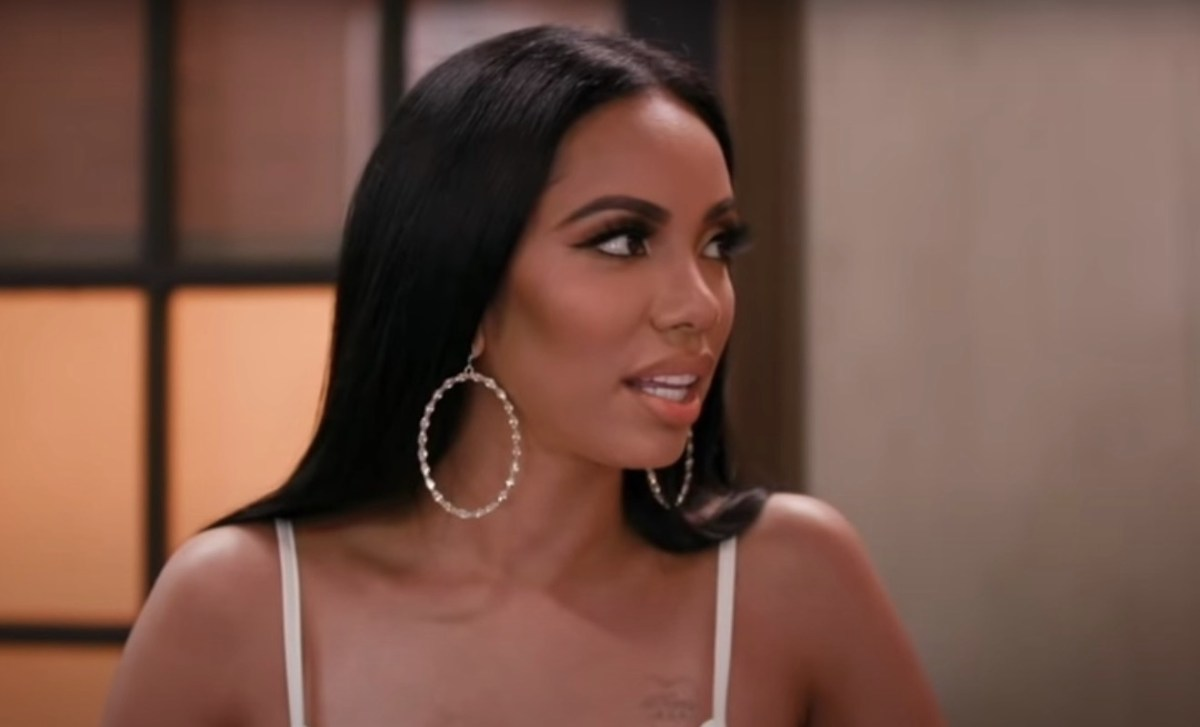 erica-mena-leaves-very-little-to-the-imagination-with-this-photo