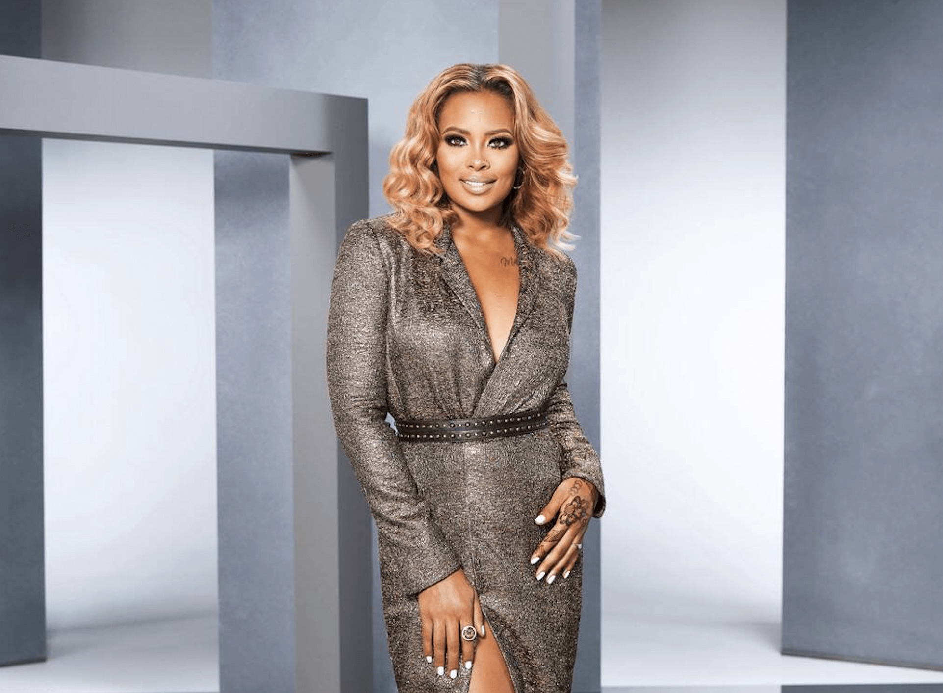 Eva Marcille makes Fans Laugh With A Short Clip From A Show Featuring Safaree!