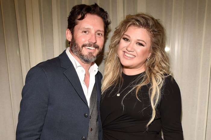 Kelly Clarkson Keeps It Real With Harsh Dating Advice For Fan Amid Brandon Blackstock Divorce