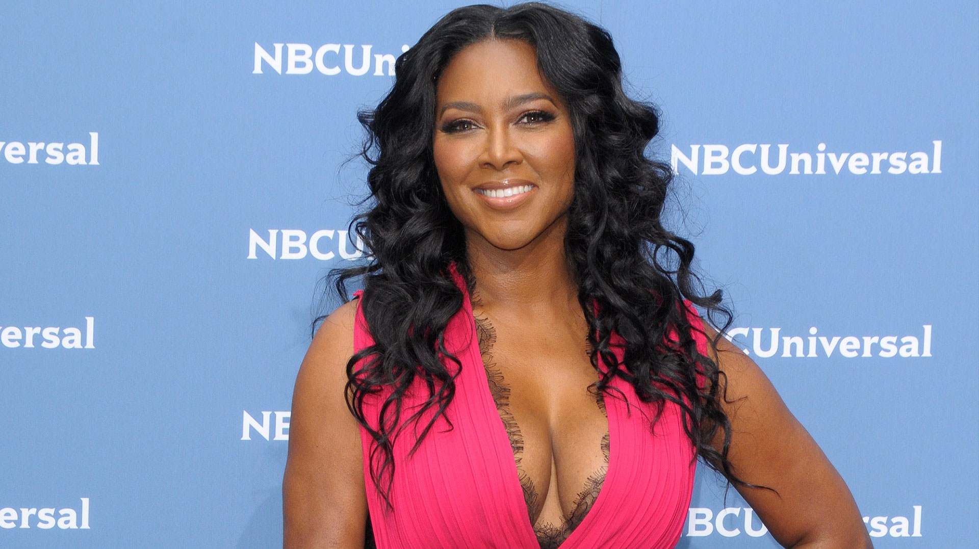 """kenya-moore-shows-off-her-weight-loss-see-her-photo"""