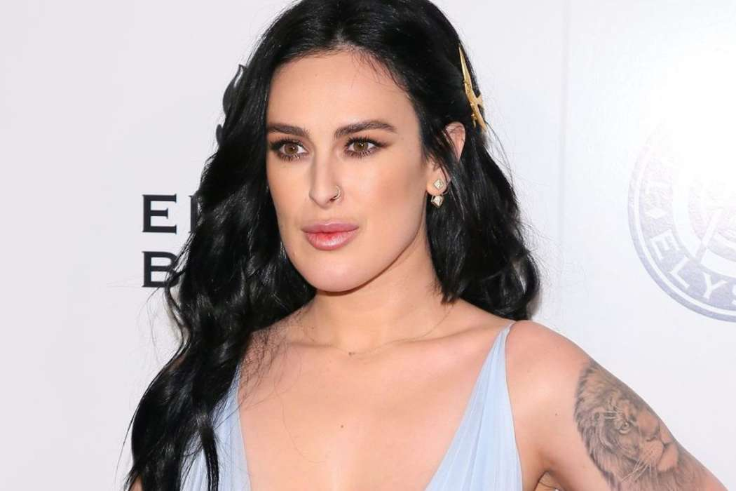 rumer-willis-dishes-on-the-time-she-lost-her-virginity-and-how-she-felt-pressured