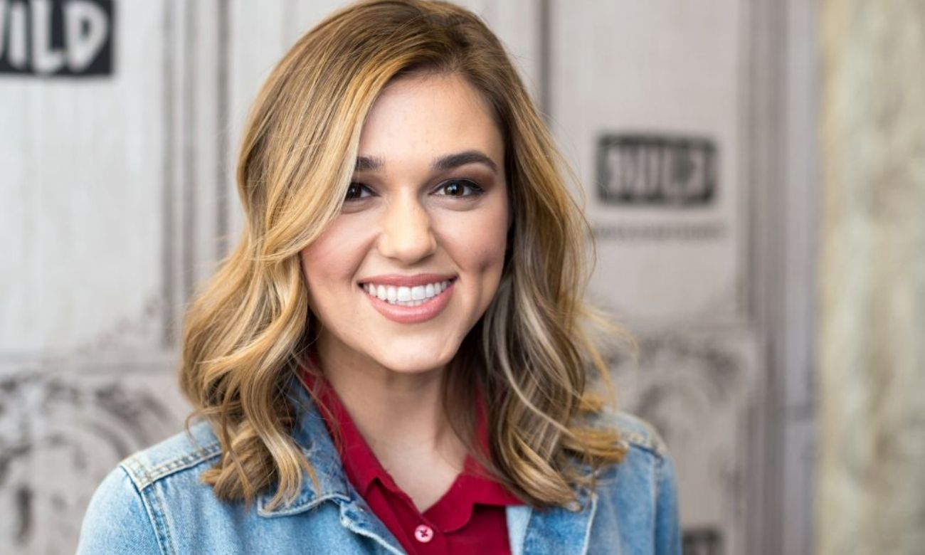 """sadie-robertson-opens-up-about-getting-body-shamed-into-an-eating-disorder-following-her-dancing-with-the-stars-appearance-at-17"""