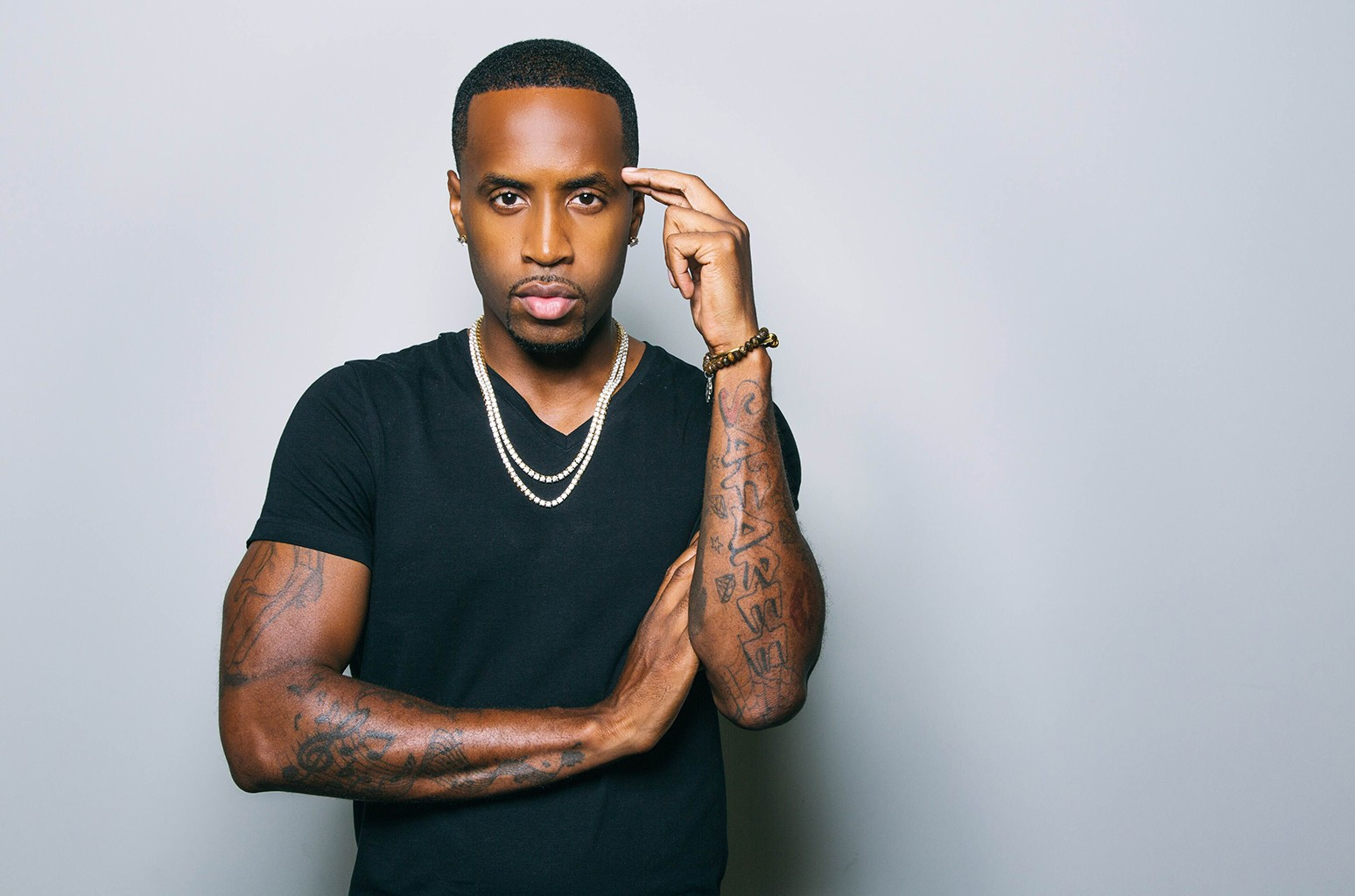 Safaree Shows Off His Latest Piece Of Jewelry - See The Video