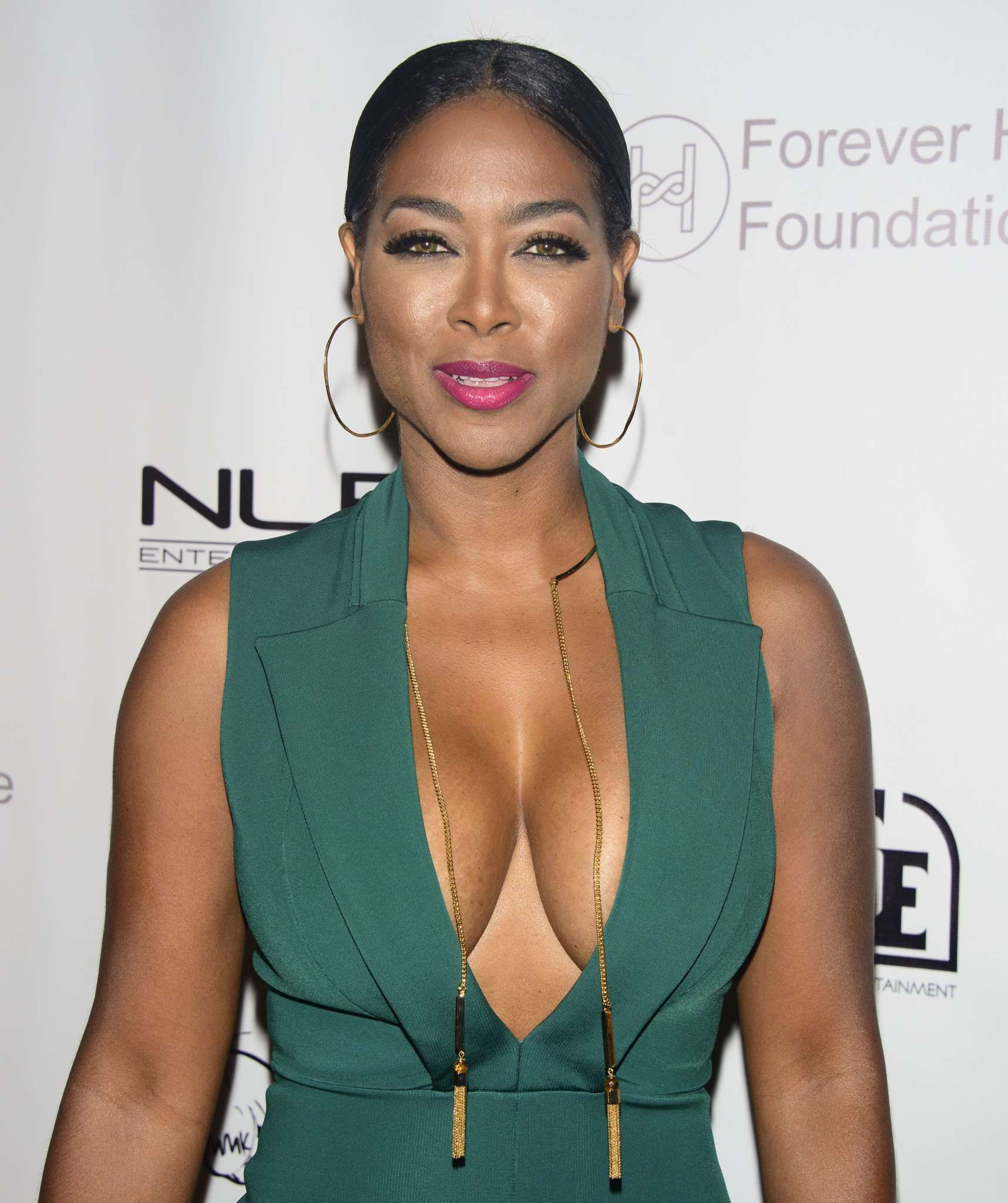 """""""kenya-moore-shares-a-heavenly-photo-for-motivational-monday-check-out-the-peace-that-it-brings"""""""