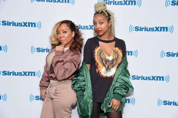 Zonnique Pullins' Fans Tell Her That She Is Twinning With Her Mom Tiny Harris, While Flaunting Her Pregnant Glow