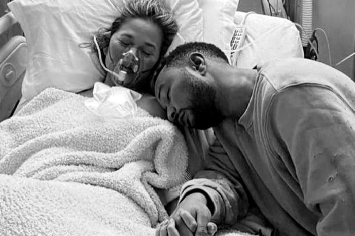 After Chrissy Teigen's Miscarriage, Some Are Asking When You Should Announce A Pregnancy On Social Media
