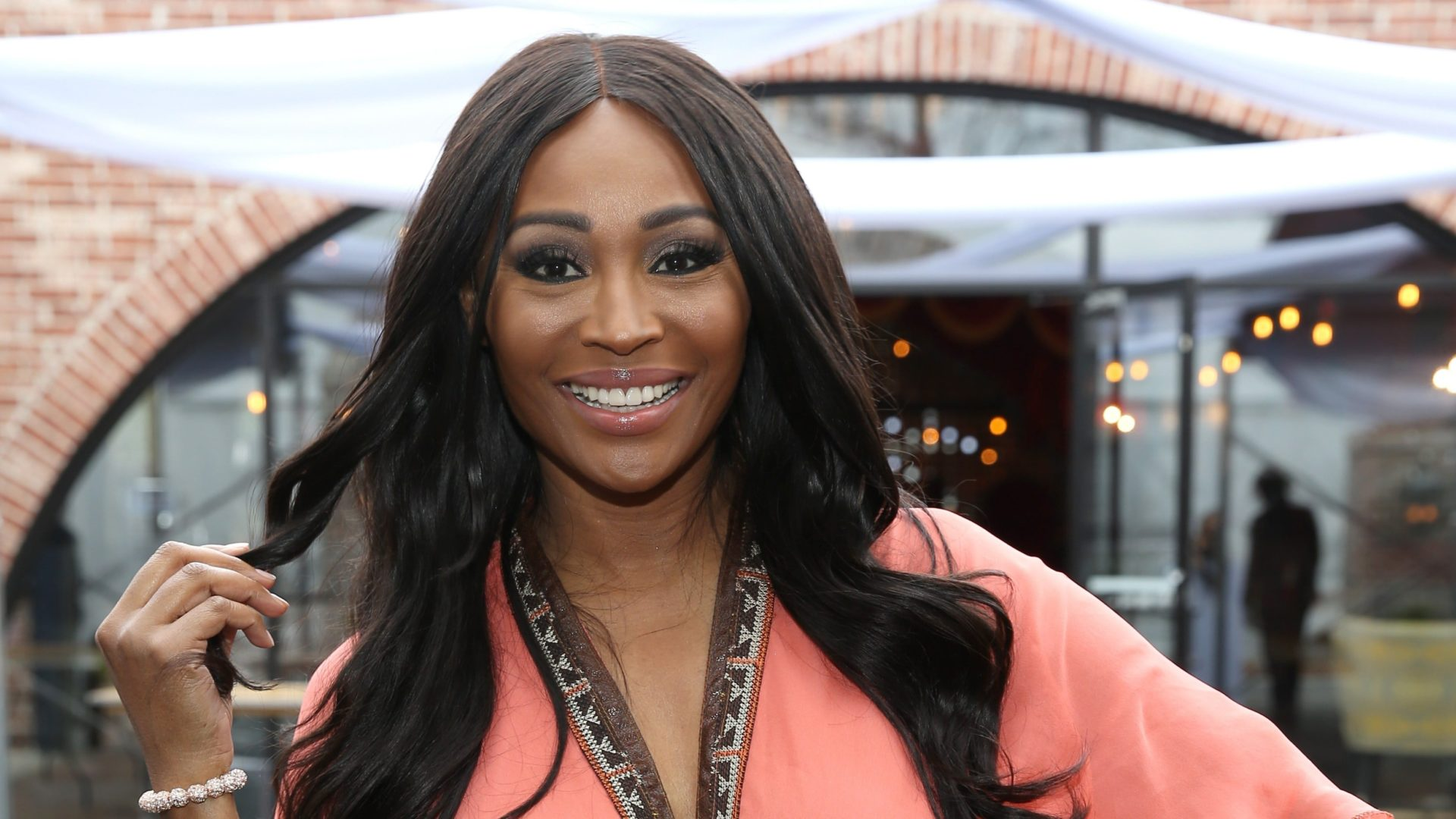 Cynthia Bailey Impresses Fans With Her Natural Thanksgiving Look - See Her Gorgeous Makeup Here