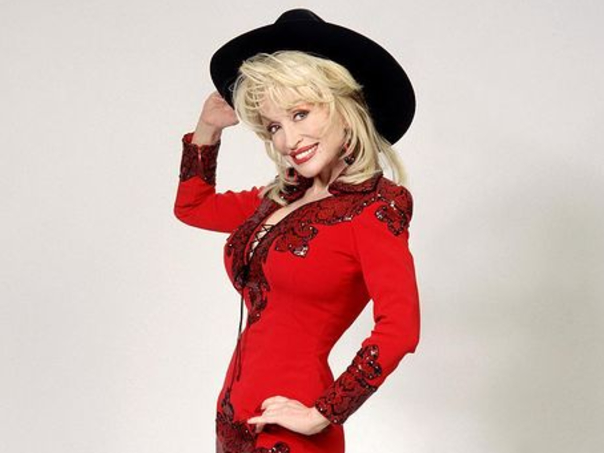 Dolly Parton had no idea she'd helped fund a promising COVID vaccine