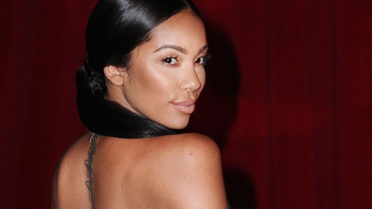 Erica Mena Is Serving Looks At The Beach, But Fans Freak Out When They See Her Swollen Lip! What Happened?