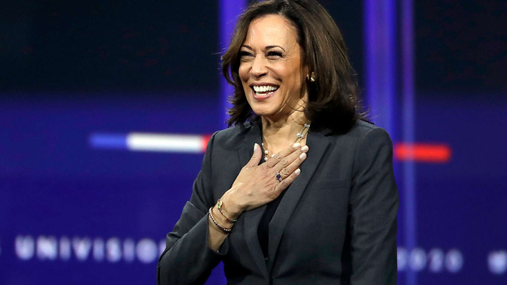 """kamala-harris-encourages-her-great-niece-to-one-day-be-president-in-the-sweetest-video"""