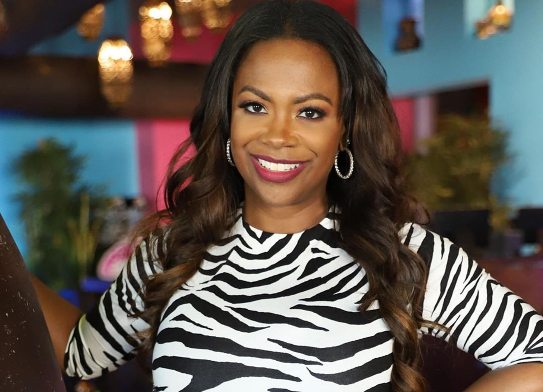 Kandi Burruss Hangs Out With Friends At Dinner At Brunch - See Their Photos