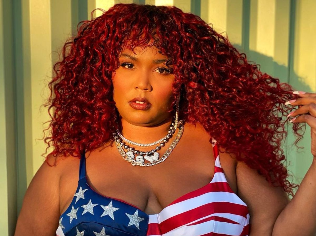 """lizzo-puts-her-famous-backside-on-display-in-new-photos"""