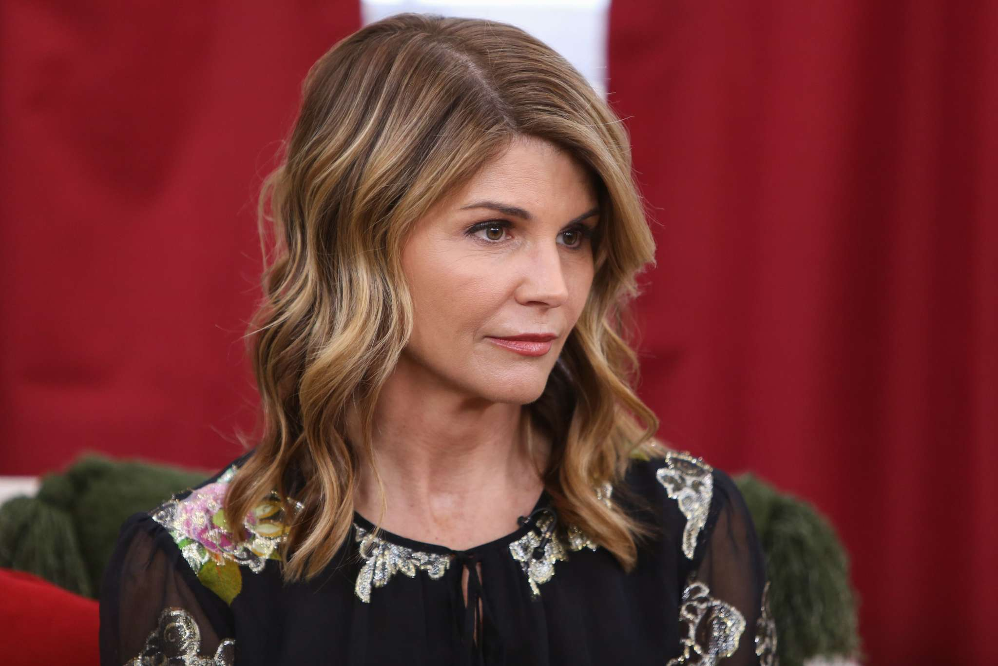 """lori-loughlin-already-feels-like-shes-living-a-nightmare-mere-days-after-reporting-to-prison"""