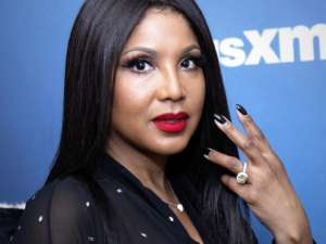 Toni Braxton Goes Blonde And Fans Are In Love With The New Look