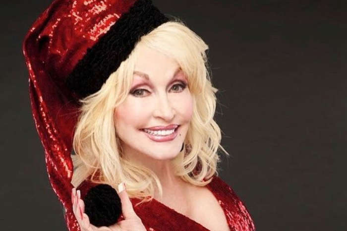 Is Dolly Parton Having A Lonely Christmas?