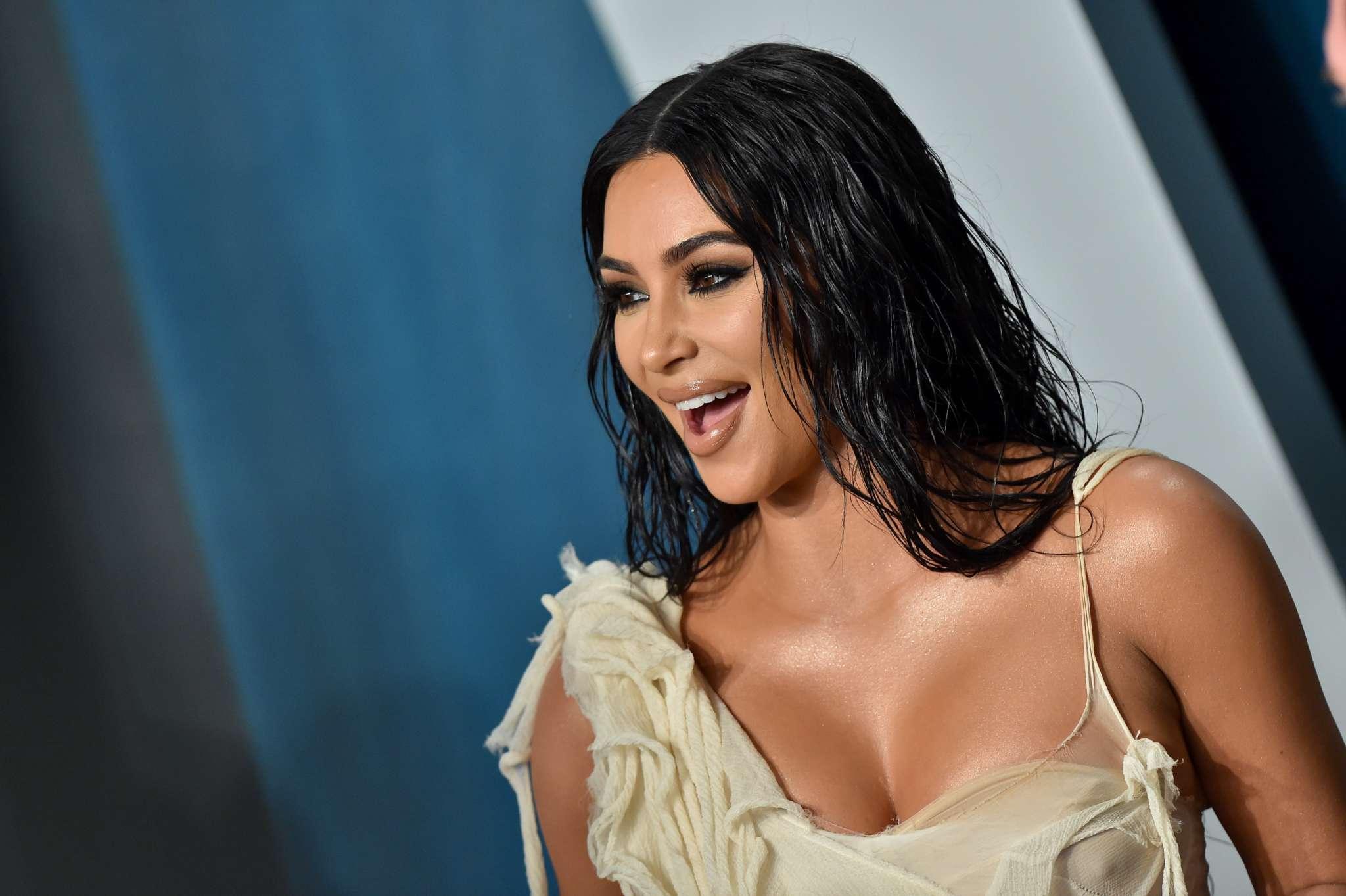 kim-kardashian-has-a-message-for-donald-trump